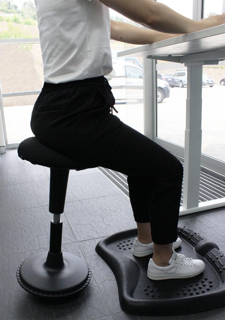 wobble-stool